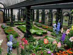 Пазлы онлайн. Картинка №453: Зеленый дворец . Размер картинки: 640х480