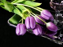 Пазлы онлайн. Картинка №600: Тюльпаны на подносе . Размер картинки: 640х480