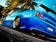 Пазлы онлайн. Картинка №636: Синяя машина . Размер картинки: 640х480